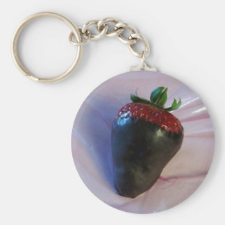Schokolade bedeckte Erdbeere Standard Runder Schlüsselanhänger