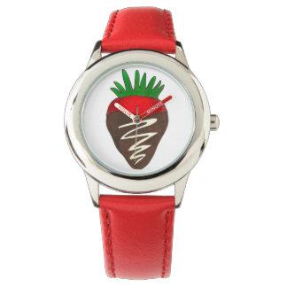 Schokolade bedeckte ErdbeerValentinstag-Uhr Uhr