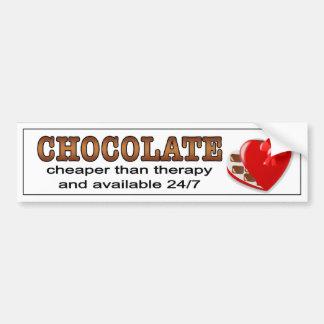 Schokolade, billiger als Therapie.  Stoßaufkleber Autoaufkleber