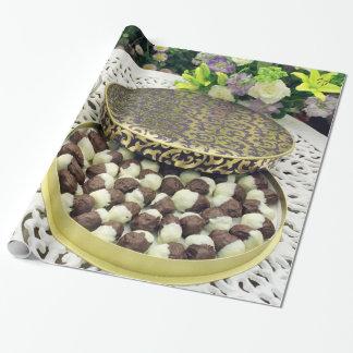 Schokolade eingetauchte Pflaumen Geschenkpapier