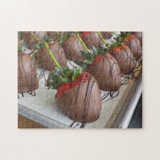 Schokolade umfaßte Erdbeerpuzzlespiel Jigsaw Puzzle