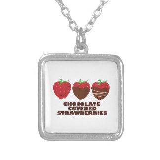 Schokoladen-Erdbeeren Halsketten