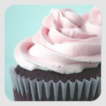 Schokoladen-Kuchen-Rosa-Vanille-Zuckerguss Quadrataufkleber