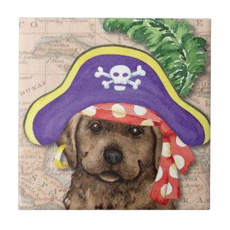 Schokoladen-Labrador-Pirat Keramikfliese