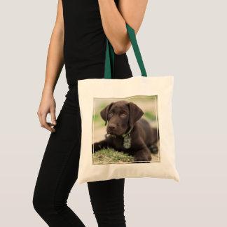 Schokoladen-Labrador-Welpe Tragetasche
