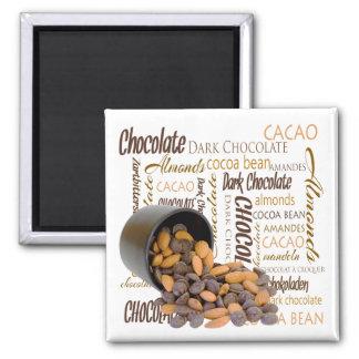 Schokoladen-Stückchen und Mandel-nahe hohe Quadratischer Magnet