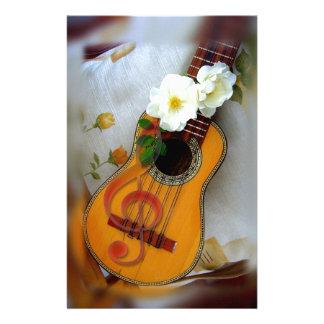 Schöne Akustikgitarremusikanmerkung Briefpapier