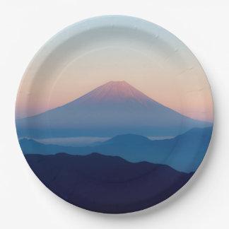 Schöne Ansicht der Fujisan, Japan, Sonnenaufgang Pappteller