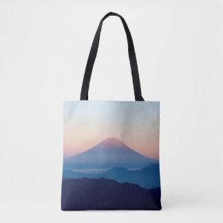 Schöne Ansicht der Fujisan, Japan, Sonnenaufgang Tasche