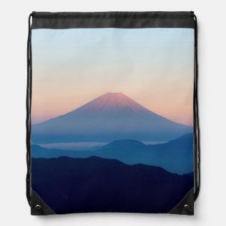 Schöne Ansicht der Fujisan, Japan, Sonnenaufgang Turnbeutel