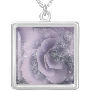 Schöne Begonie, Blumenlavendel, Halskette