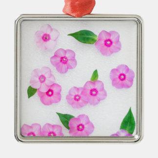 schöne Blumendekoration Quadratisches Silberfarbenes Ornament