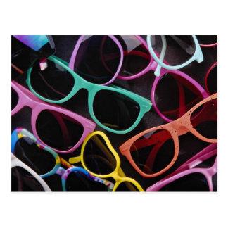 Schöne bunte Sonnenbrille Postkarte