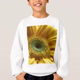 Schöne gelbe Blume im Morgen-Licht Sweatshirt