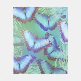 Schöne helle Schmetterlinge Fleecedecke