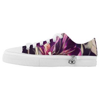 Schöne lila Schuhe