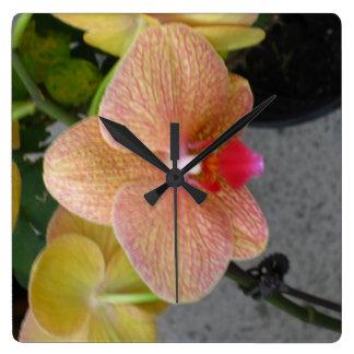 Schöne Orchideenuhr Quadratische Wanduhr