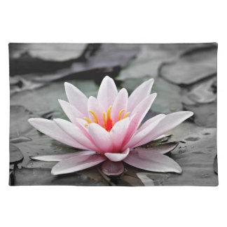 Schöne rosa Wasserlilie Tischset