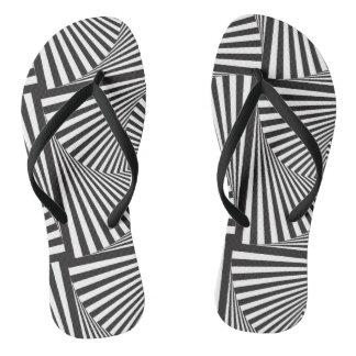 Schöne Schwarz-weiße gewundene optische Illusion Flip Flops