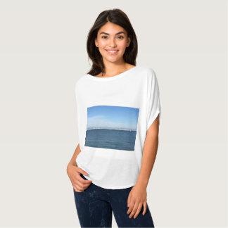 Schöne Ufergegendbildspitze für Frauen T-Shirt