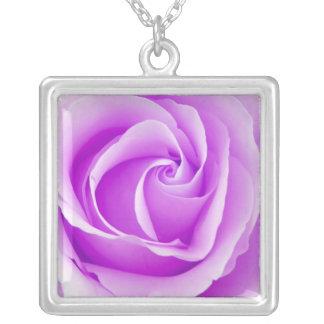 Schöne violette lila Rosen-Anhänger-Halskette Halskette Mit Quadratischem Anhänger