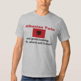 Schöner albanischer Zwilling Shirt