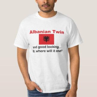 Schöner albanischer Zwilling Shirts