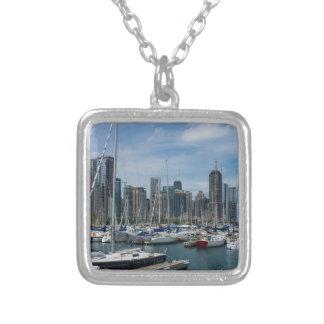 Schöner Chicago-Hafen Versilberte Kette
