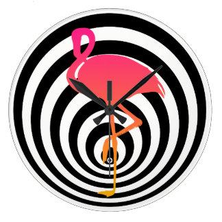 Schöner Flamingo in den Kreisen Große Wanduhr