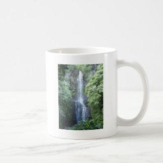 Schöner Maui-Wasserfall Kaffeetasse