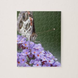 Schöner Schmetterling auf Schmetterlingsbusch Puzzle