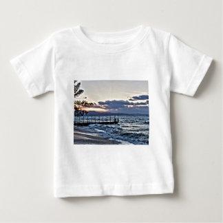 Schöner Sonnenuntergang in Montego Bay, Jamaika Baby T-shirt