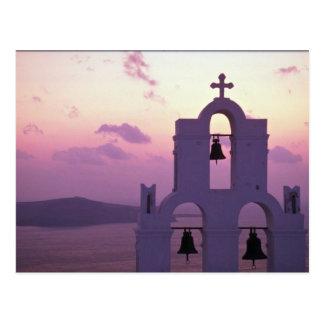 Schöner Sonnenuntergang: Santorini Fira am Postkarte