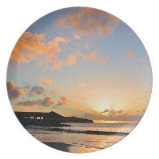Schöner Sonnenuntergang Teller