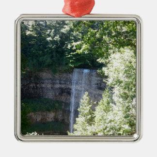 Schöner Wasserfall Silbernes Ornament