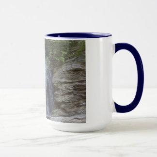 schöner Wasserfall Tasse