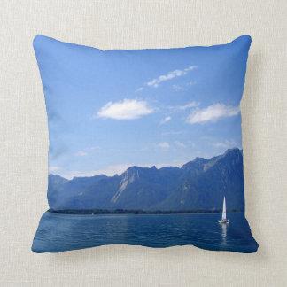 Schönes Genfersee, MONTREUX, die Schweiz Kissen