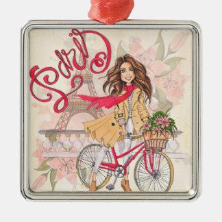 Schönes Mädchen auf einem Fahrrad in Paris Silbernes Ornament