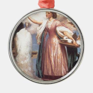 Schönes Mädchen, das hübsche niedliche Pfaus Silbernes Ornament