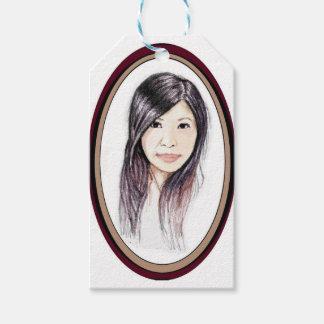 Schönes Porträt einer asiatischen Frau Geschenkanhänger