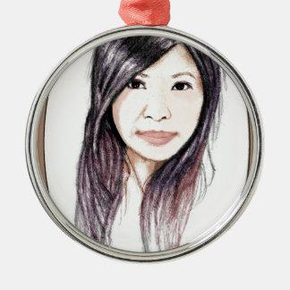 Schönes Porträt einer asiatischen Frau Silbernes Ornament