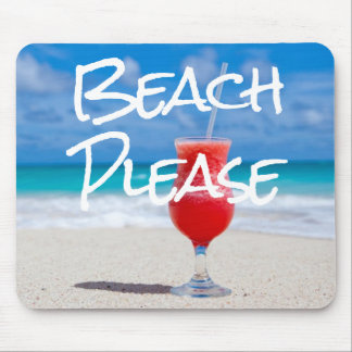 Schönes Sandy-Strandbitte rotes Daiquiri-Getränk Mousepad