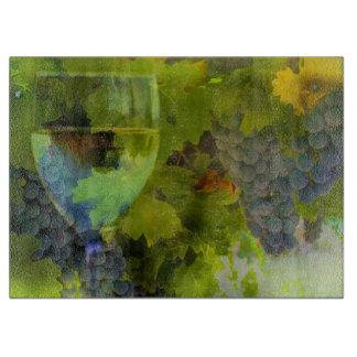 Schönes Wein-Glas und Trauben-Schneidebrett Schneidebrett