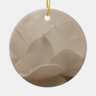 Schönheit eines RoseSepia Keramik Ornament
