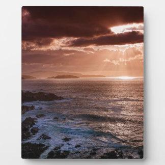 Schottischer Sonnenuntergang, Nordküste von Fotoplatte