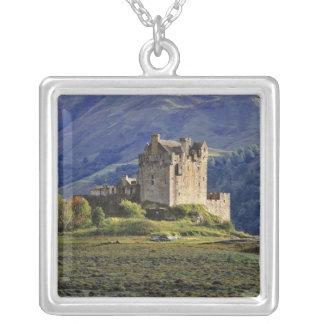 Schottland, Hochland, Wester Ross, Eilean Donan 3 Versilberte Kette