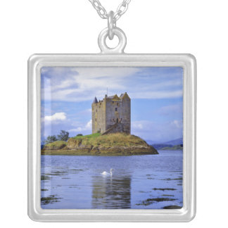 Schottland, Hochland, Wester Ross, Loch Linnhe. A Versilberte Kette