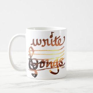 Schreiben Sie Lieder in die Kaffeetasse