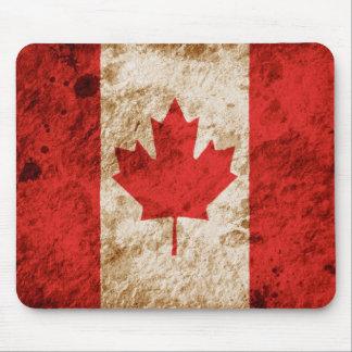Schroffe kanadische Flagge Mousepad