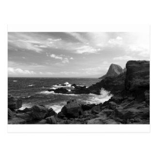 Schroffe Küstenlinie Postkarte